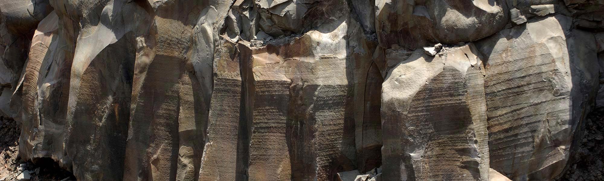 lavorazione-pietra-lavica-lenid-2